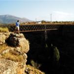 Fotografiando el puente del Arroyo de Baúl.
